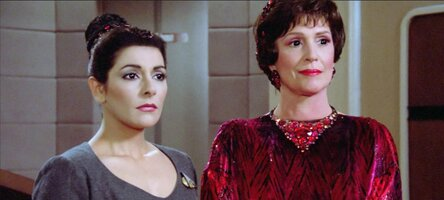 little-one-deanna-lwaxana-troi-star-trek-the-next-generation.jpg