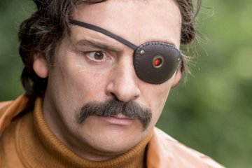 Julian Barratt in Mindhorn